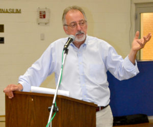 Maine Department of Transportation project engineer Steve Sawyer responds to a peer review of the Route 27 corridor improvement plan at the Boothbay Board of Selectmen's meeting at the Boothbay Region YMCA on Aug. 10. (Abigail Adams photo)