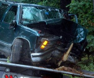 Newcastle Teen Injured in Crash on River Road