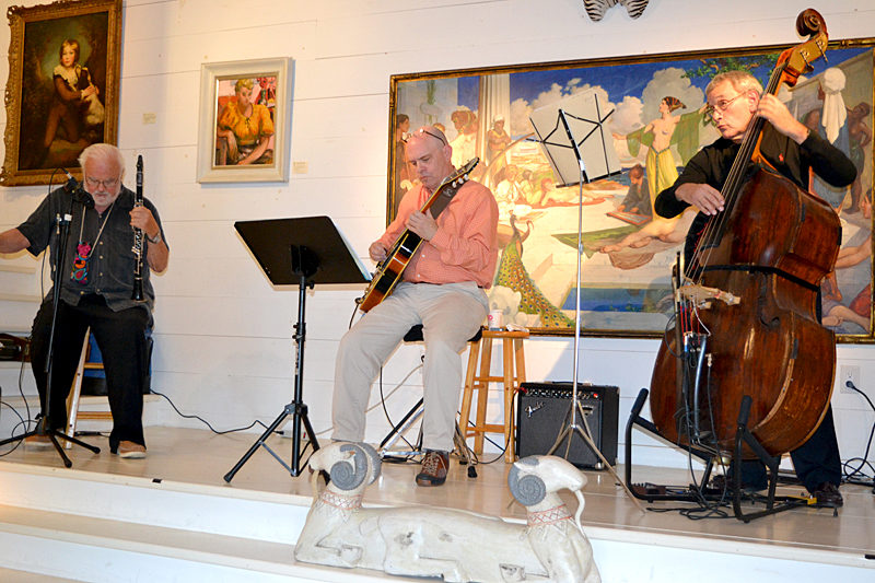 From left: Jazz clarinetist Brad Terry, guitarist David Clarke, and bassist Vaughn DeForest perform for visitors to WBG Modern and Contemporary during Wiscasset Art Walk on Thursday, Sept. 29. (Christine LaPado-Breglia photo)
