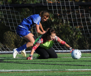 """<span class=""""entry-title-primary"""">Lady Eagles battle to scoreless tie</span> <span class=""""entry-subtitle"""">Lincoln 0 - Erskine 0 2OT</span>"""
