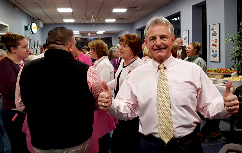 "Randy Miller is ""thumbs up"" at the Real Men Wear Pink fundraiser held Wednesday, Oct. 12 at Newcastle Chrysler Dodge Jeep to benefit the American Cancer Society. (Greg Latimer photo)"