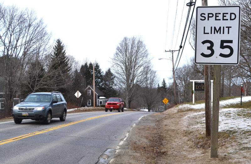 Vehicles enter the 35-mph zone on Bristol Road in Damariscotta on Tuesday, Dec. 20. (Maia Zewert photo)