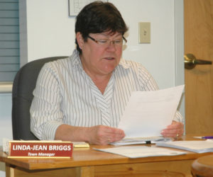 Waldoboro Town Manager Linda-Jean Briggs reads her letter of resignation into the record during a meeting of the Waldoboro Board of Selectmen on Tuesday, Dec. 13. (Alexander Violo photo)