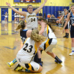 Lady Mariners hold off Medomak
