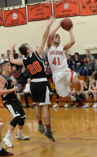 Cody Roberts drives inside for Wiscasset.  (Paula Roberts photo)