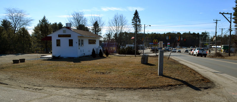 Damariscotta DG LLC has submitted an application to the Damariscotta Planning Board to build a Dollar General store and a Sherwin-Williams store at 508 Main St. in Damariscotta. The 1.8-acre property is currently home to Wasses Hot Dogs. (Maia Zewert photo)