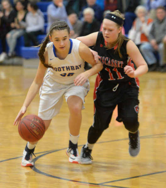 Lady Wolverine Maeve Blodgett guards Boothbay's Chloe Arsenault. (Paula Roberts photo)