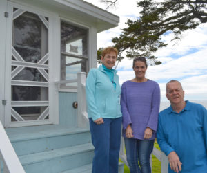 New Sea Gull Shop Owners Prepare For Opening