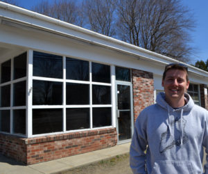 Nobleboro Native Opens Oyster Distribution Center, Plans Raw Bar in Newcastle