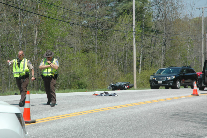 Deputies investigate the scene of an accident on Route 1 in Nobleboro. (Alexander Violo photo)
