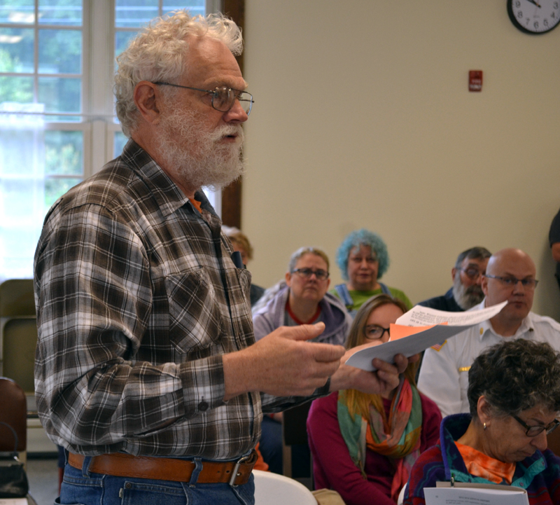 Dresden Budget Review Committee member Dave Probert asks questions about the ambulance service contract at Dresden's annual town meeting Saturday, June 17. (Abigail Adams photo)