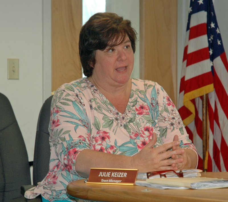 Waldoboro Town Manager Julie Keizer discusses an agreement with the Midcoast Economic Development District with the board of selectmen Tuesday, July 11. (Alexander Violo photo)