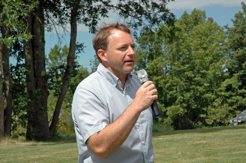 Democratic gubernatorial candidate Mark Eves, of North Berwick, addresses the Lincoln County Democratic Committee family cookout and lobster bake at Cider Hill Farm in Waldoboro on Sunday, Aug. 13. (Alexander Violo photo)
