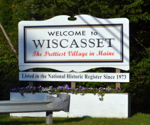 The sign at the entrance to downtown Wiscasset on Tuesday, Sept. 12. (Abigail Adams photo)
