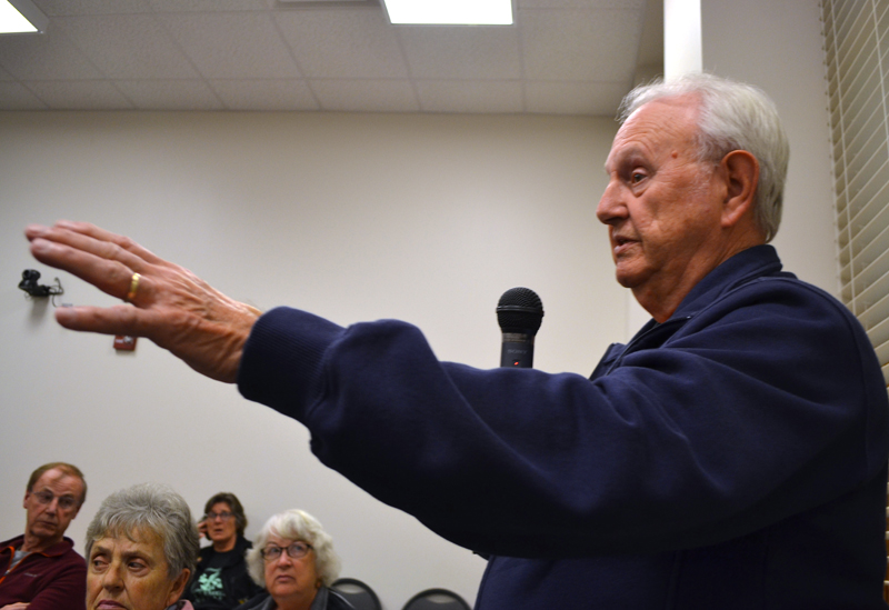 Damariscotta resident Lou Abbotoni speaks against a moratorium on commercial development during a public hearing Monday, Oct. 16. (Maia Zewert photo)
