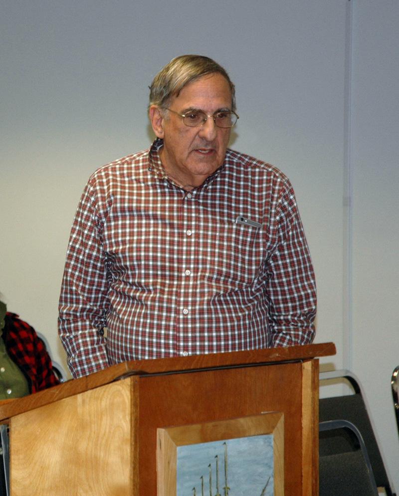 Bremen developer Dan Goldenson addresses the Waldoboro Planning Board on Wednesday, Nov. 8. (Alexander Violo photo)
