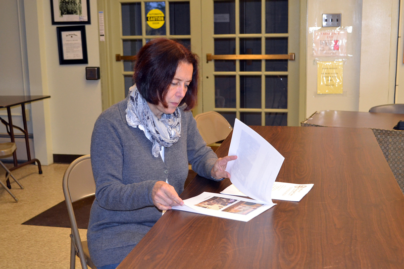 Leslie Roberts meets with the Wiscasset Historic Preservation Commission on Thursday, Nov. 2. (Charlotte Boynton photo)