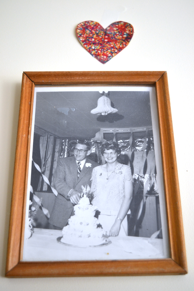 A photograph of Elden and Marilyn Beane on their wedding day, Nov. 10, 1967, hangs in their room at Crawford Commons. (Christine LaPado-Breglia photo)