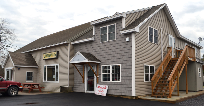 The new home of Mainely Nails at 523 Main St. in Damariscotta. The business is behind the Overlook Building, which houses Consigning Women and Subway. (Maia Zewert photo)