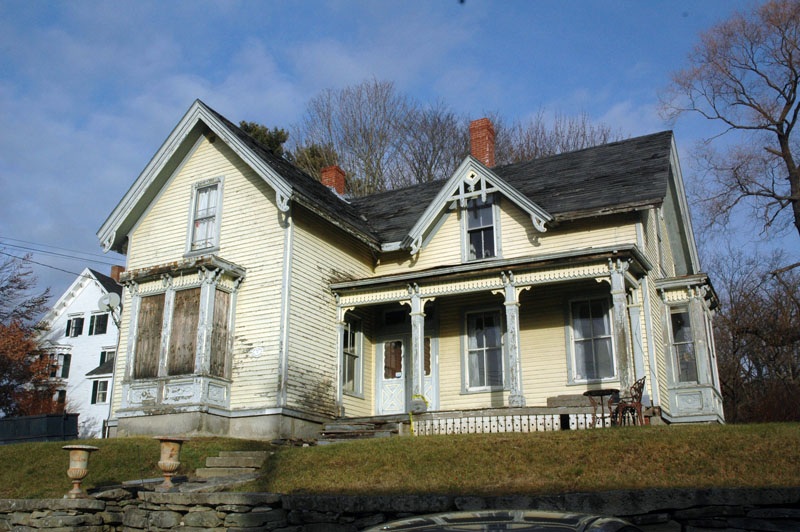The new owner of the Victorian home at 32 Friendship St. in Waldoboro plans extensive improvements and repairs to the building. (Alexander Violo photo)
