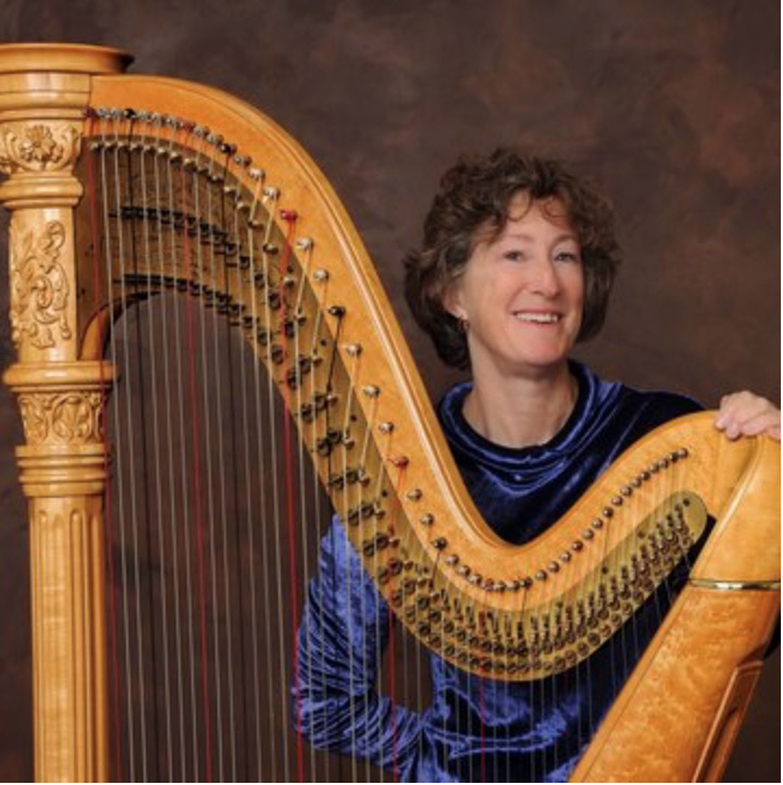 Harpist Suki Flanagan (Photo courtesy Jeff Morris/the Pierce Studio)