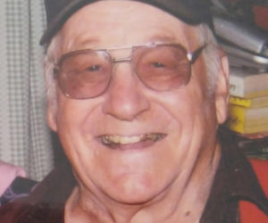 """<span class=""""entry-title-primary"""">Raymond W. Roberts Jr.</span> <span class=""""entry-subtitle"""">March 20, 1927 - Dec. 22, 2017</span>"""