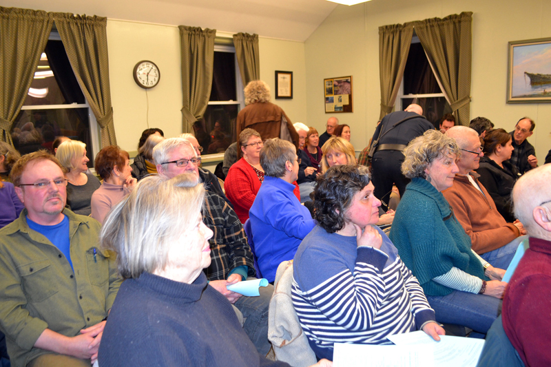 Members of the public fill the meeting room at the Wiscasset municipal building for the Wiscasset Board of Selectmen's meeting Tuesday, Feb. 20. (Charlotte Boynton photo)