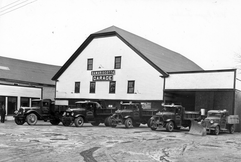 This garage was located where Elm Street Plaza is today. (Photo courtesy Marjorie and Calvin Dodge)