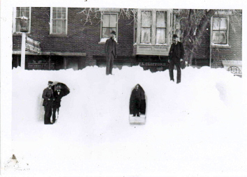 Damariscotta's Main Street, 1898, with snowbanks and tunnels. (Photo courtesy Newcastle Historical Society)