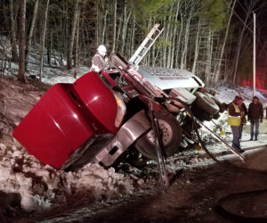 Fuel Tanker Crashes, Spills 800 Gallons of Diesel in Jefferson
