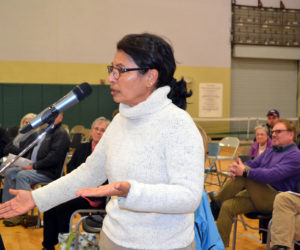 Both Sides Turn Out for Public Hearing on Wiscasset Referendum