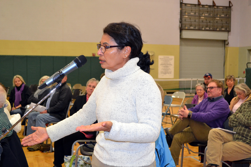 Wiscasset resident Claudia Sortwell speaks during a public hearing about the town's upcoming referendum to determine if it will continue a lawsuit against the Maine Department of Transportation. (Charlotte Boynton photo)