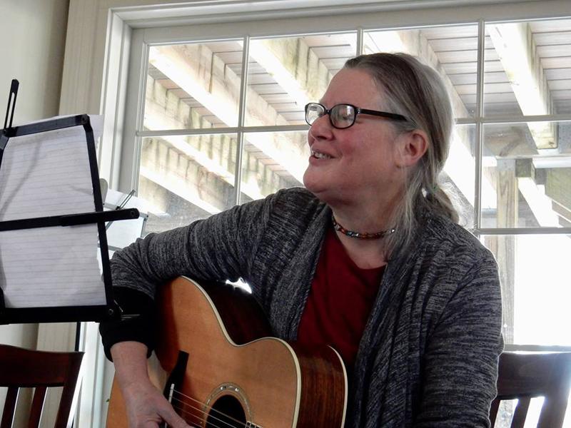 Liz Starr performs at Damariscotta Open Mic.
