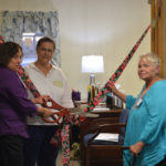 Wiscasset Chamber Cuts Ribbon at New Location