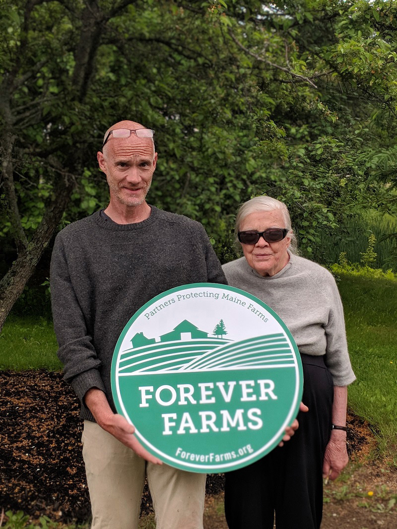Mike Barker and Patty Krebs, of Alna Hopyard and Farm. (Photo courtesy Maine Farmland Trust)