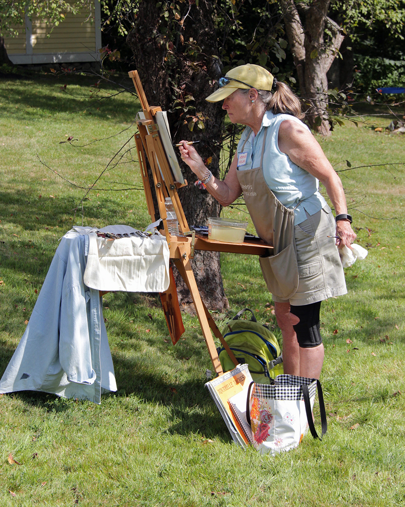 """""""Guests on the Lawn"""" will bring talented local artists to the gardens at the Jan Kilburn Gallery and the Sinclair Gallery."""