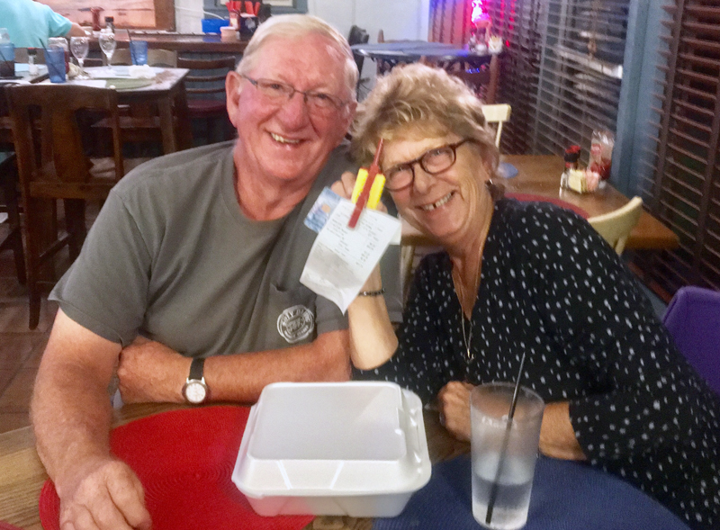 David and Brenda Falla at the Happy Clam. (Suzi Thayer photo)