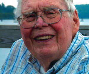 """<span class=""""entry-title-primary"""">Malcolm """"Mac"""" Ridley</span> <span class=""""entry-subtitle"""">July 5, 1926 - Oct. 18, 2018</span>"""