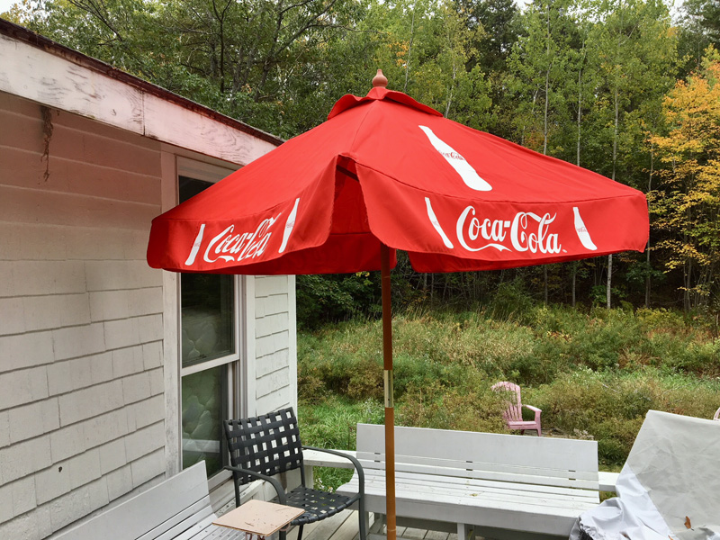 I got a new umbrella for my deck! (Suzi Thayer photo)