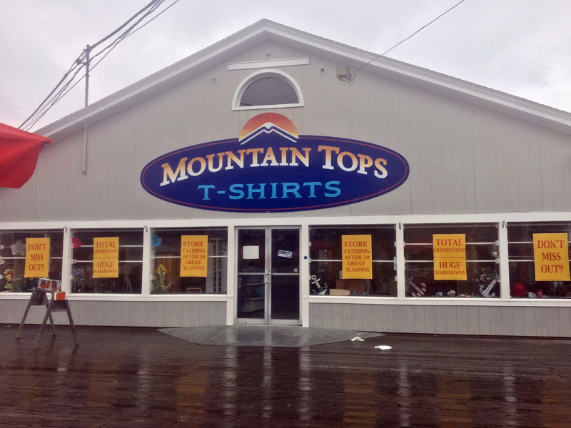 Mountain Tops is leaving Boothbay Harbor after 38 years in business. (Suzi Thayer photo)
