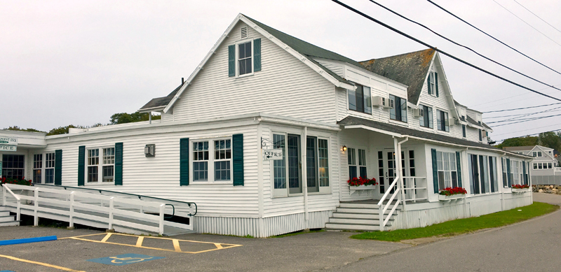 The Ocean Point Inn: still going strong after 120 years. (Suzi Thayer photo)