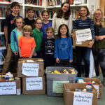 Center for Teaching and Learning Donates to Food Pantry