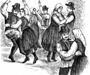 Contra Dance in Damariscotta