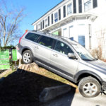 Station Wagon Crashes Into Damariscotta Restaurant, Causing Minor Injuries