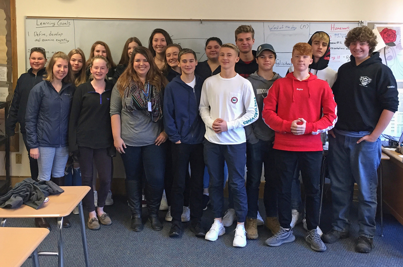Maia Zewert, marketing and engagement coordinator for The Lincoln County News, poses for a photo with Mike Cherry's 10th-grade English class at Boothbay Region High School. During her visit, Zewert spoke about the newspaper and being a reporter.