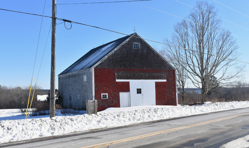 Thirty Acre Farm plans to renovate this barn across from 145 Waldoboro Road in Bremen and to build a new barn and greenhouse on the property. (Alexander Violo photo)