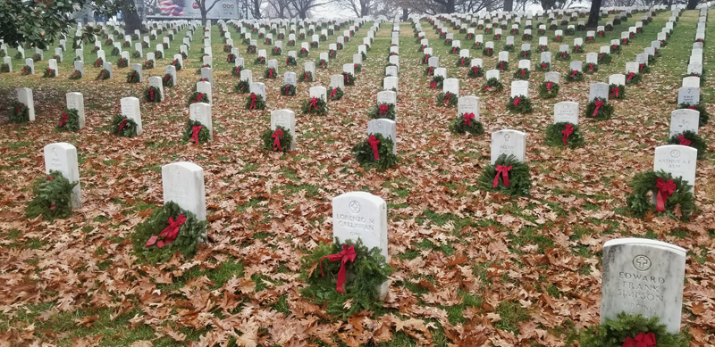 Volunteers from Lincoln County helped place wreaths on veterans' graves at the Arlington National Cemetery in Virginia on Dec. 15. (Photo courtesy Hal Thayer)
