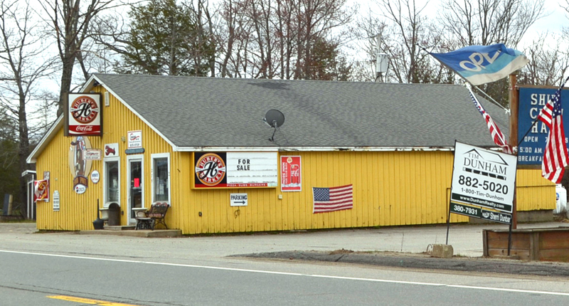 Concord Coach Lines will no longer provide bus service to Huber's Market in Wiscasset, according to the business's website. (Charlotte Boynton photo, LCN file)