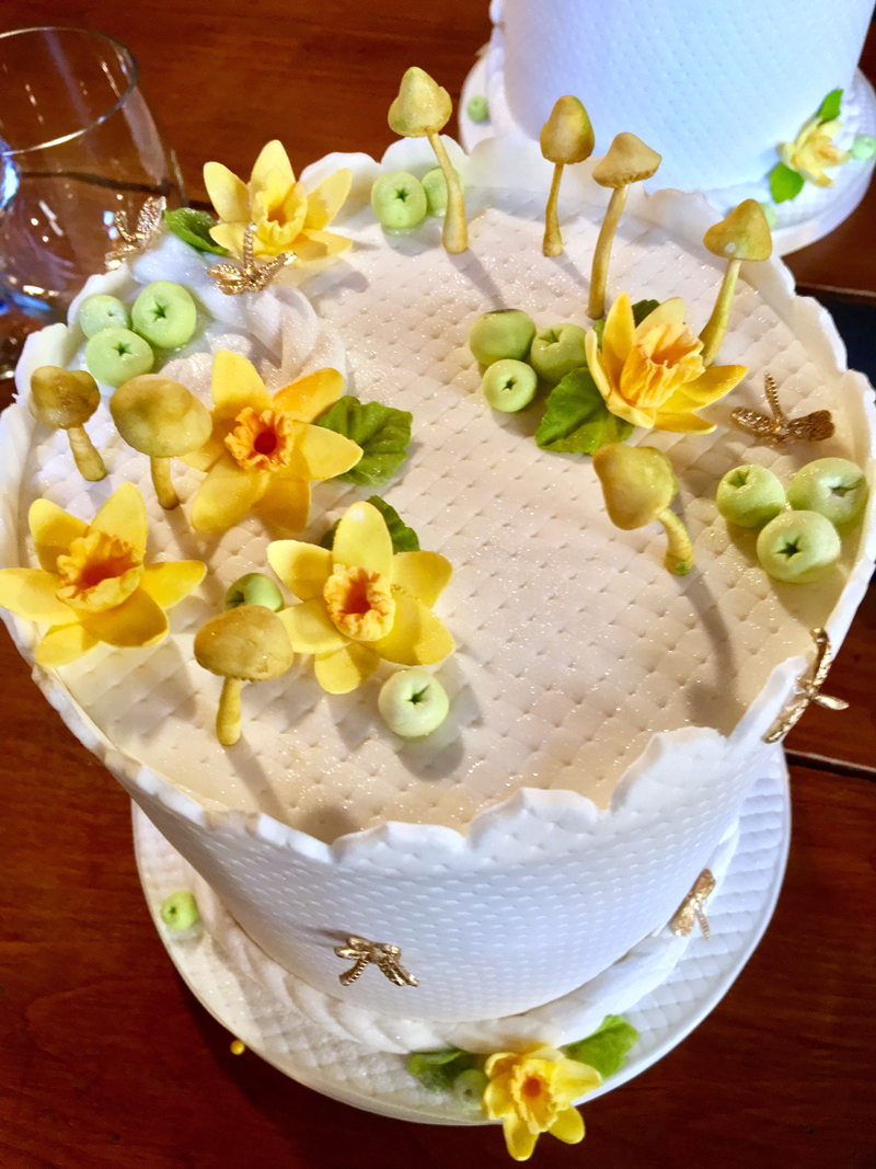 My friend Trisha Moroz made me another cake last week. She knows I hate mushrooms. :-) But I love daffodils. Lucky me. (Suzi Thayer photo)