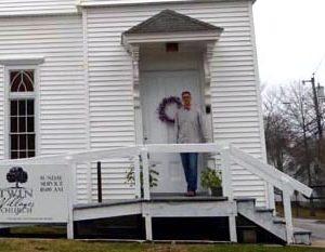 Damariscotta Church Celebrates Easter in New Home
